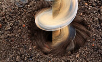 Lietuvas kompānija varēs meklēt naftu Aizputes un Kuldīgas novadā