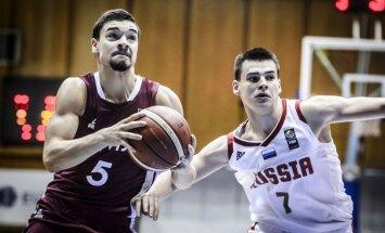 Latvijas U-20 basketbolisti uzvar Krieviju un atgriežas A divīzijā; Polija triumfē turnīrā