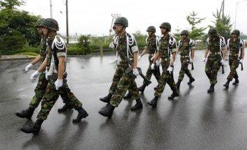 Neskatoties uz Ziemeļkorejas draudiem, Dienvidkoreja un ASV sāk militāras mācības