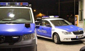 Latvijas pilsonis mēģina Igaunijā ievest Norvēģijā zagtu nelielu ekskavatoru