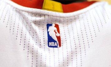 Bijušā Latvijas izlases spēlētāja Uvja Helmaņa dēls pieteicies NBA draftam
