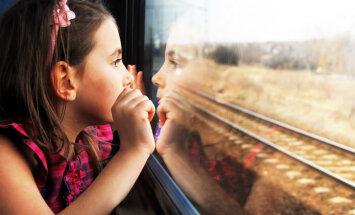 """Глава Pasažieru vilciens: вместо """"дизелей"""" в Латвии могут появиться пассажирские поезда с двухэтажными вагонами"""