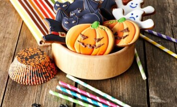 12 noderīgi un iedvesmojoši padomi Helovīna galda klājumam