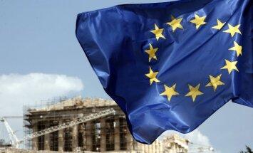 Grieķija vienojas ar aizdevējiem par nākamo glābšanas maksājumu