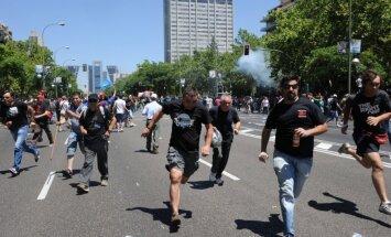 Madridē notikuši vardarbīgi protesti pret jauno Pilsoņu drošības likumu