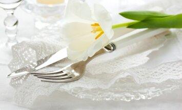 Kādus labumus servēt Baltā galdauta svētkos