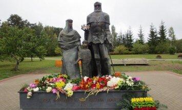 Dižkunigaitis Mindaugs: kas bija cilvēks, kuram Aglonā atklāts bronzas piemineklis?