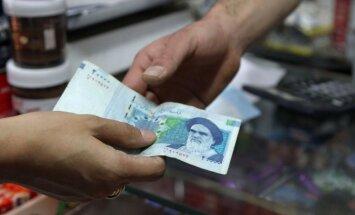 Policijas mēģinājums aizturēt valūtas spekulantus Teherānā beidzies ar nekārtībām