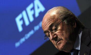 Āfrikas Futbola konfederācija atbalstīs Blateru FIFA prezidenta vēlēšanās