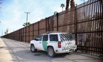 ASV sienu uz robežas ar Meksiku grib pabeigt divos gados