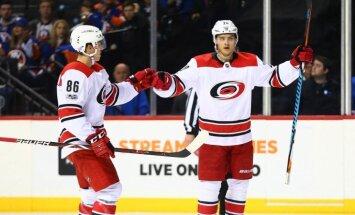 'Hurricanes' uzbrucējs Terveveinens nosaukts par NHL nedēļas labāko spēlētāju