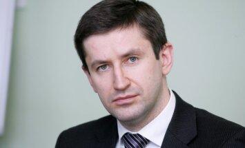 Vjačeslavs Dombrovskis, 'Certus': Par iespējamo pārkaršanu būvniecības nozarē