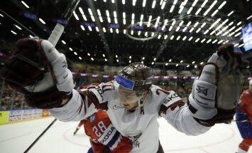 Video: Latvijas atspēlēšanās noslēdzas ar Balcera fantastisku 'golu' pagarinājumā