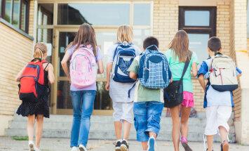 Valdība apstiprina minimālo skolēnu skaitu 10. klases atvēršanai