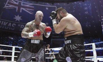 ВИДЕО: Супертяж Чагаев проиграл Брауну титул чемпиона мира WBA