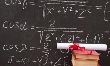 Vērtē iespēju ļaut 12. klasē izvēlēties tikai atsevišķu mācību priekšmetu padziļinātu apguvi