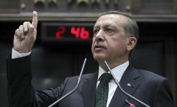 Erdogans Putinam pauž bažas par situāciju Sīrijā