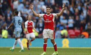 Sančesa vārti pagarinājumā ieved 'Arsenal' FA kausa finālā