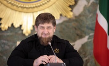 Čečenijas speciālie spēki ir iefiltrējušies teroristiskajā grupējumā 'Daesh', paziņo Kadirovs