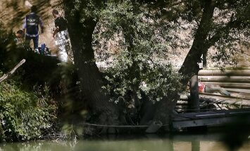 Romā izmeklē aizdomīgu ASV studenta nāvi Tibras upē