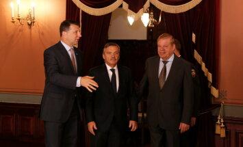 Fāzels aicina Vējoni 'aizlikt vārdu' par Lipmanu LHF prezidenta amatā