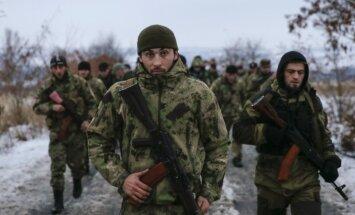 Krievijas parlamentā spriež par 'brīvprātīgajiem' Austrumukrainā