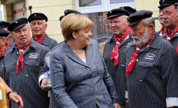 Balsojums Vācijas ziemeļaustrumos draud ar triecienu Merkelei