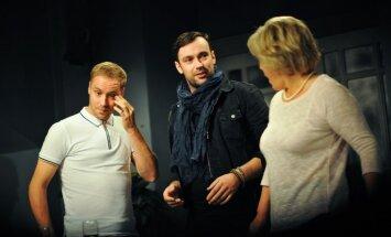 Foto: Nacionālajā teātrī Dāvis Auškāps iestudē Eliota Heiza 'Ceļā uz mājām'