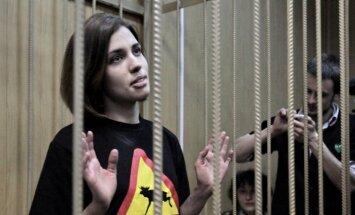 'Pazudusi' ieslodzītā 'Pussy Riot' dalībniece