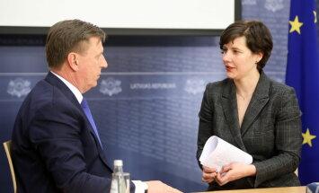 Jūnijā lielāko algu saņēmusi Reizniece-Ozola; Kučinskim mazāka nekā vairumam ministru