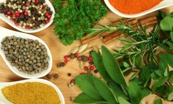 Piecas garšvielas, kas jebkuru maltīti padarīs veselīgāku