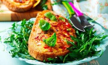 Zeltainas siermaizītes: vienkāršas receptes garšīgām vakariņām 15 minūtēs
