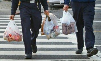Kalifornijā aizliedz plastmasas maisiņus