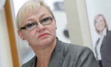 NVA bijusī direktore Paševica tiesā prasa atzīt viņas atbrīvošanu no amata par prettiesisku