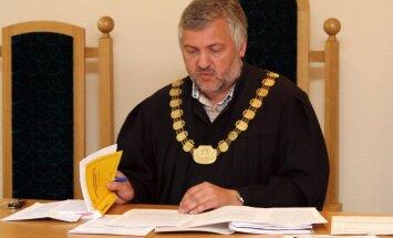 Stājies spēkā notiesājošais spriedums bijušajam tiesas priekšsēdētājam Strazdam