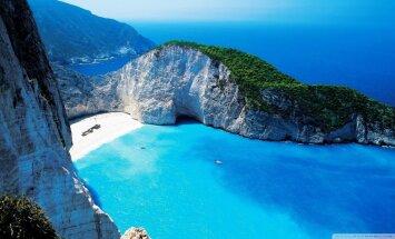 Gaidot sauli un vasaru – Grieķijas skaistākās salas un pludmales, kurp doties šogad