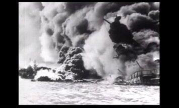 Arhīva video: Nāves elpa sabombardētajā Pērlhārborā