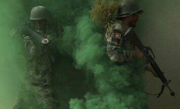 Teroristi spridzinātāji sagrāvuši afgāņu armijas bāzi