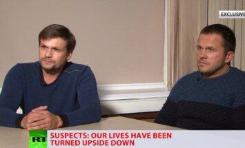 Skripaļu indēšana: Aizdomās turētie GRU aģenti apgalvo, ka bija parasti tūristi