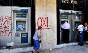 Diena pēc Grieķijas referenduma: aizdevēji negrasās piekāpties; drahmas ieviešana arvien reālāka (teksta tiešraides arhīvs)