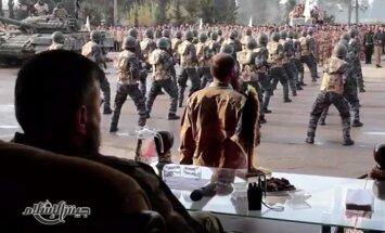 Krievija miera sarunās iesaistītu Sīrijas kaujinieku grupējumu uzskata par teroristiem