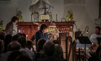 Rīgā būs Jāņa Lūsēna programmas 'Aiz...Mūzika vēlā vakarā' noslēguma koncerts