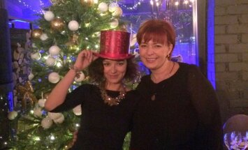 Nekrist svētku šovbiznesa varā: kā Marija Naumova sagaida Ziemassvētkus