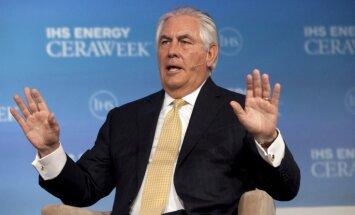 ASV turpinās samazināt siltumnīcefekta gāzu emisiju, sola Tilersons