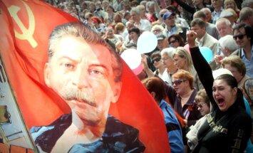 Krievija satraukta par aizliegumu 'tautiešu' fonda pārstāvjiem ieceļot Latvijā un Igaunijā