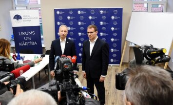 Ceļā uz jauno valdību: JKP un NA sarežģīto attiecību vēsture netraucēs sadarbībai