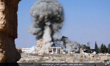 Krievijas Aizsardzības ministrija ziņas par uzlidojumiem Palmīrai raksturo kā 'absolūtus melus'