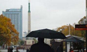 Pieaugusi iedzīvotāju uzticība Eiropas institūcijām, liecina aptauja