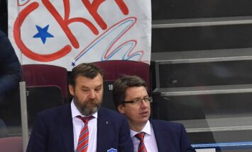 SKA head coach Oleg Znarok and Harijs Vitolins