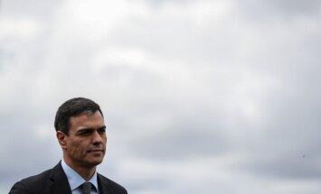 Spānijas sociālisti iepazīstina ar jaunā kabineta ministriem